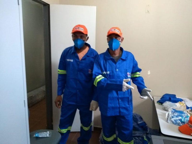 Os garis da cidade receberam na manhã desta quinta-feira (13) os  Equipamentos de Proteção Individual (EPIs). Os profissionais da limpeza  receberam os ... cede016a5a